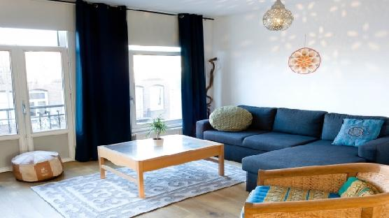 Large 2 bedroom apartment in DE PIJP: Sunny Side Up